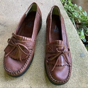 BROWN LOAFERS LIFE STRIDE COMFY SZ 7M